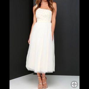 Pearl dress NWOT